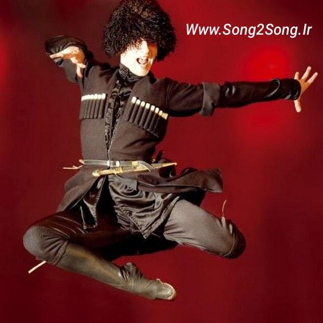 دانلود آهنگ آذری سنی دیلر منی دیلر | چالش رقص ترکی | کیفیت عالی 320