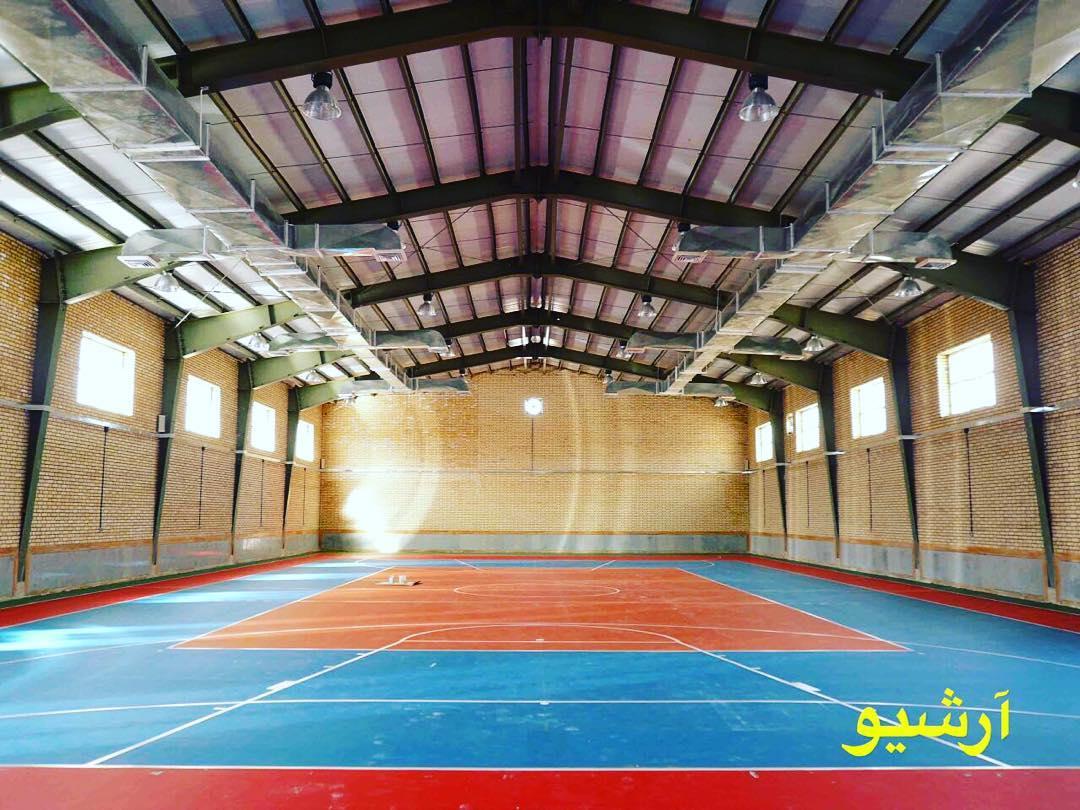 کلنگ سالن  ورزشی روستای پاقلات  به زمین خورد