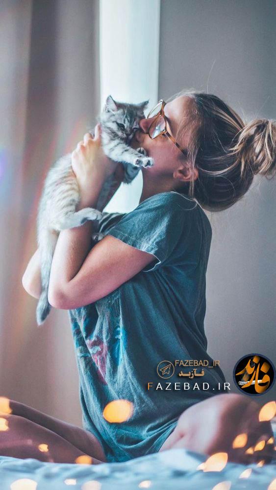 عکس پروفایل دختر با گربه - عکس بغل کردن گربه دختر -پروفایل دختر و گربه - پروفایل دخترونه با گربه