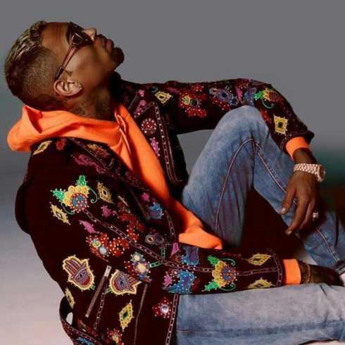 دانلود آهنگ Alone از Chris Brown