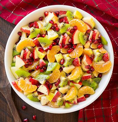 طرز تهیه سالاد با میوه های پاییزی