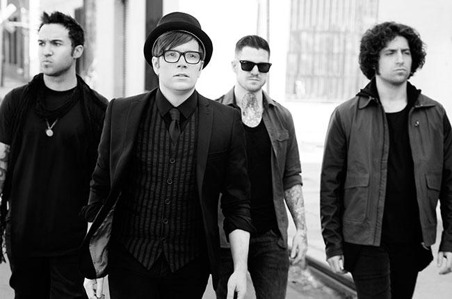 متن و ترجمه The Phoenix از Fall Out Boy