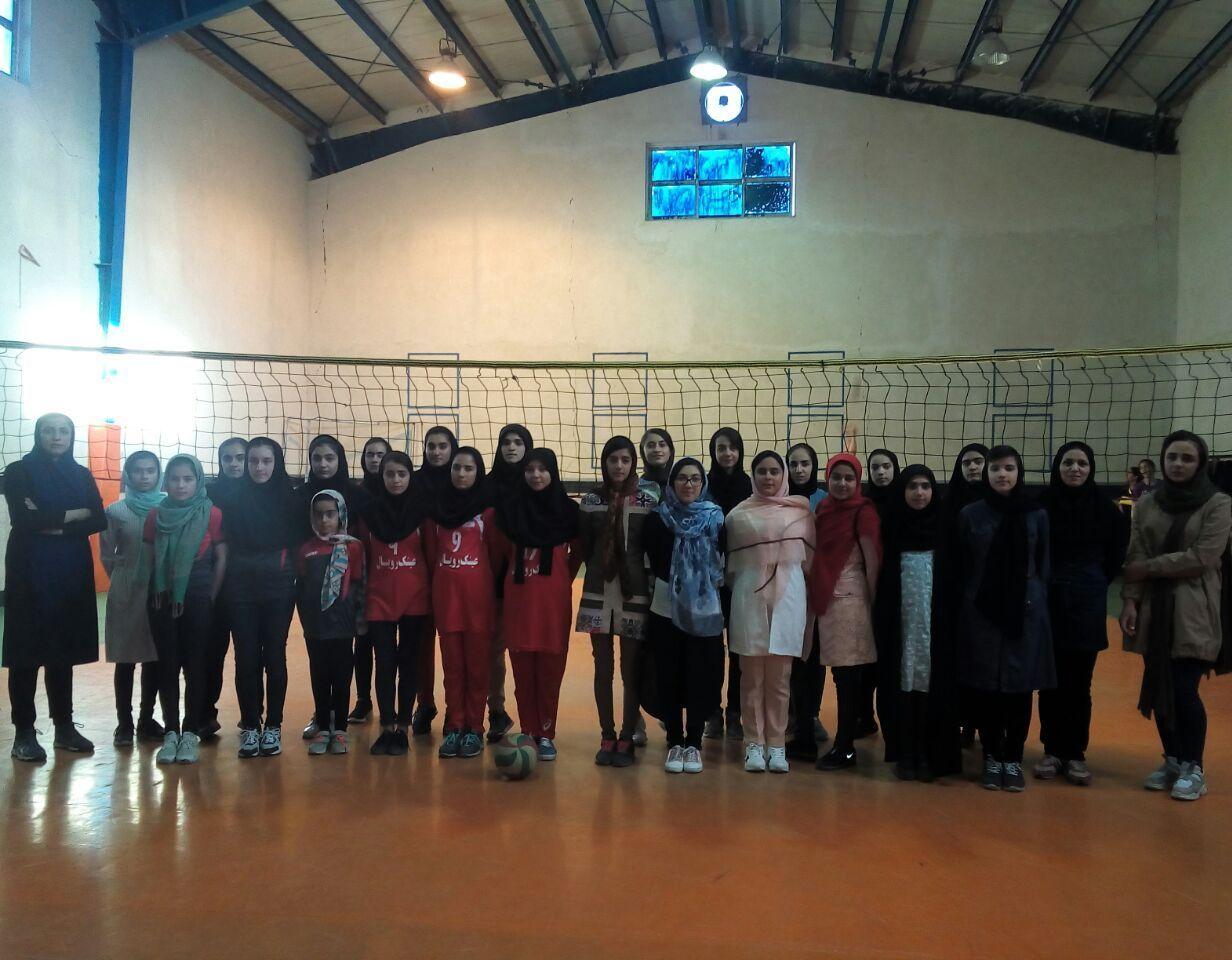 بازی تدارکاتی بانوان باشگاه تخصصی والیبال ثامن فاروج vs بانوان باشگاه مقاومت سپاه قوچان