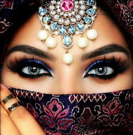 مدل آرایش چشم برای چشمهای درشت 7