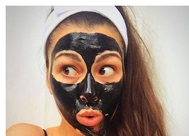 مزایا و معایب ماسک سیاه برای پاکسازی پوست