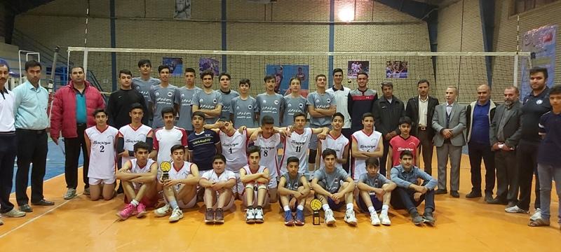 تیم منتخب باشگاه تخصصی والیبال ثامن فاروج رده سنی مینی والیبال