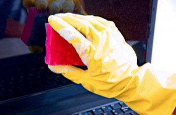 چگونه صفحهنمایشگرهای LCD, LED, PLASMA را تمیز کنیم؟