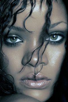 دانلود اهنگ های Rihanna