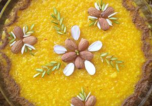پخت ۱۴ تن شله زرد نذری در شیراز