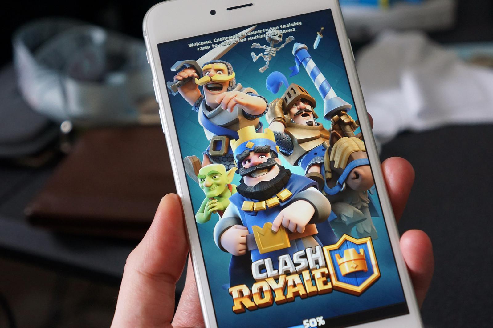معرفی بازی کلش رویال (Clash Royale)
