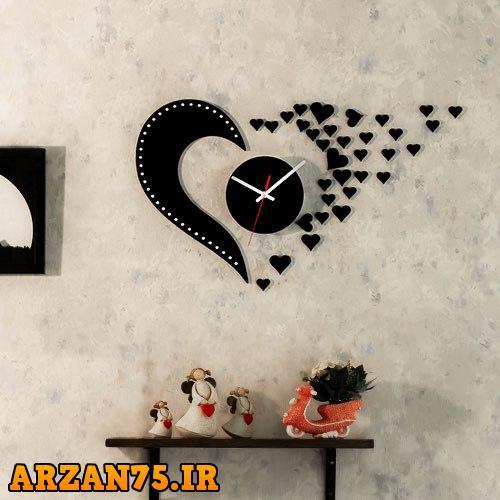 خرید ساعت دیواری چوبی با روکش مخمل طرح Love