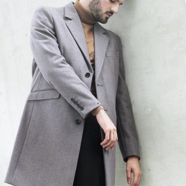 http://rozup.ir/view/2709115/Men's%20coat-2547%20(7).jpg