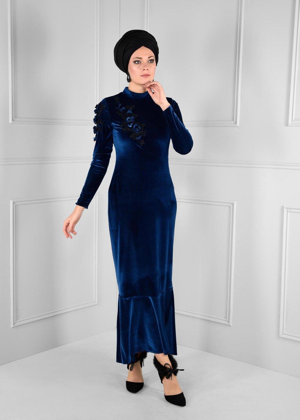 مدل لباس مجلسی بلند مخمل1