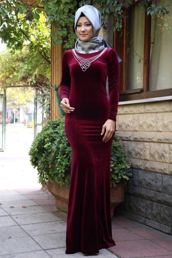 مدل لباس مجلسی بلند مخمل7