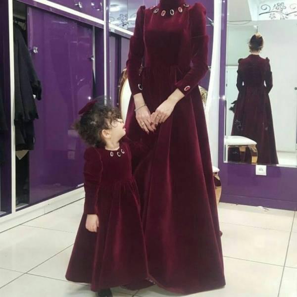 مدل لباس مجلسی بلند مخمل14