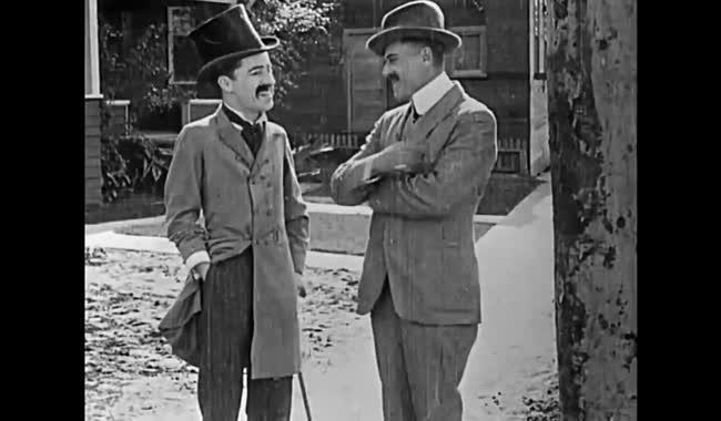 چارلی چاپلین - ساخت یک زندگی - 1914 - Making a Living