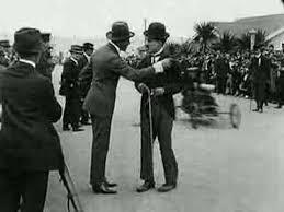 چارلی چاپلین - مسابقه اتومبیلرانی در ونیز - 1914 - Kid Auto Races at Venice
