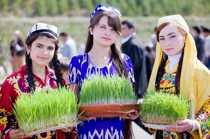 دانلود آهنگ شاد تاجیکی وعده خلاف از زلیخا zulaykho vadakhilof