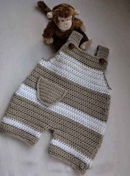 انواع مدلهای لباس بافتنی نوزاد پسر - شلوار پیش بندی نوزادی
