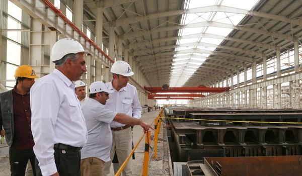 اعتراض کارکنان بزرگترین کارخانه آلومینیوم کشور در لامرد