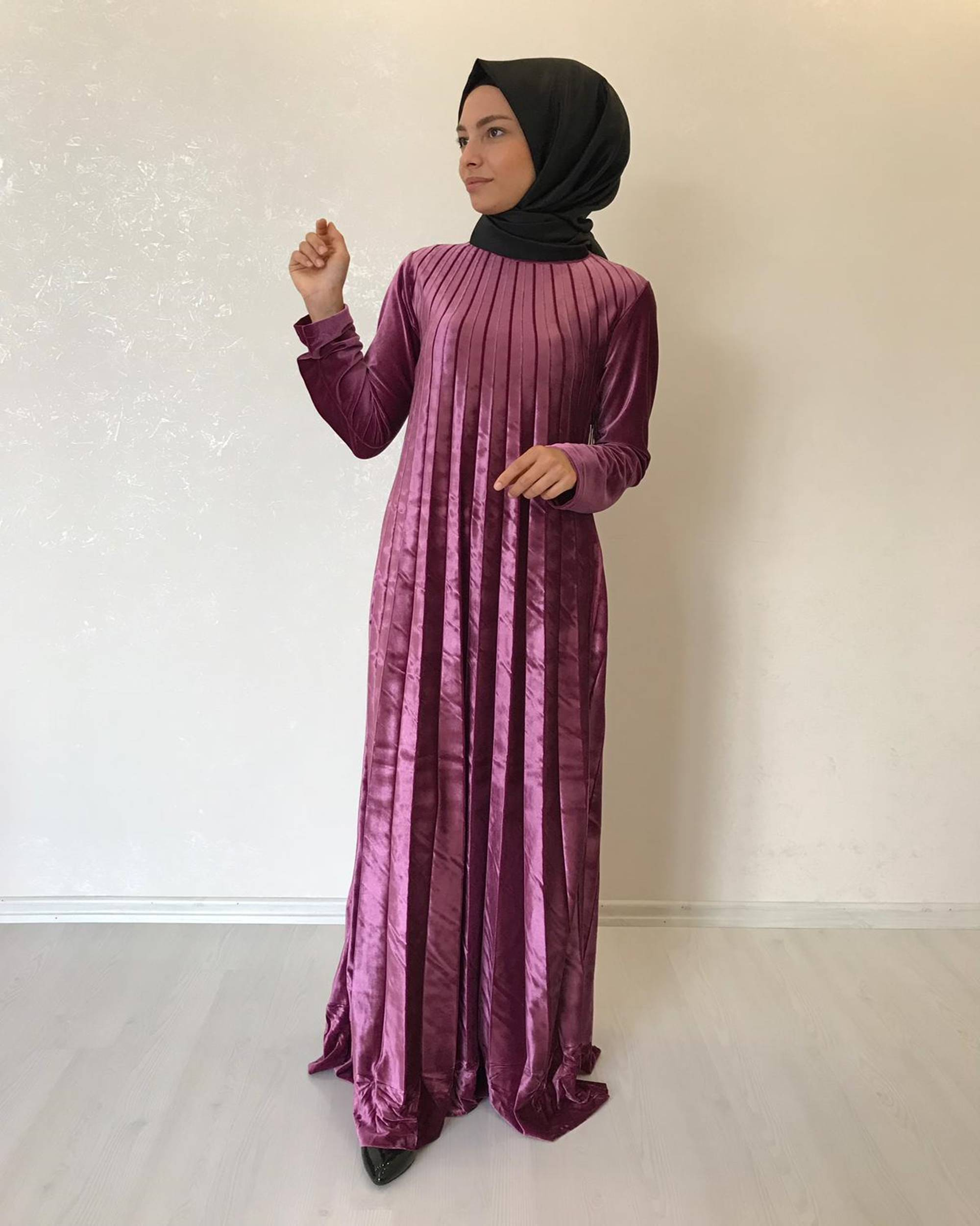 مدل لباس مجلسی بلند با پارچه ی مخمل