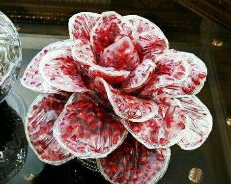 آموزش درست کردن گل سرخ با انار دون