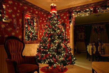 چیدمان های زیبای درخت کریسمس,جدیدترین تزیینات درخت کریسمس