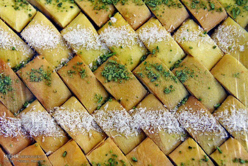 شیرینی مخصوص کرمانشاه (کاک)