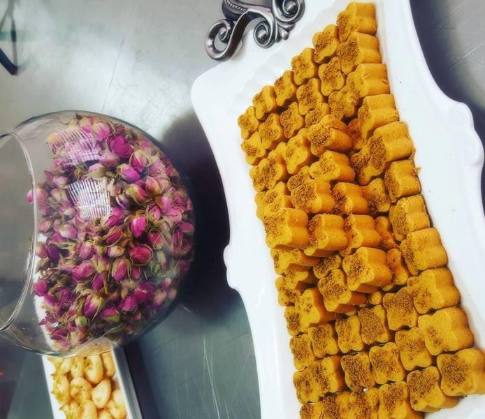 شیرینی نخودچی سنتی