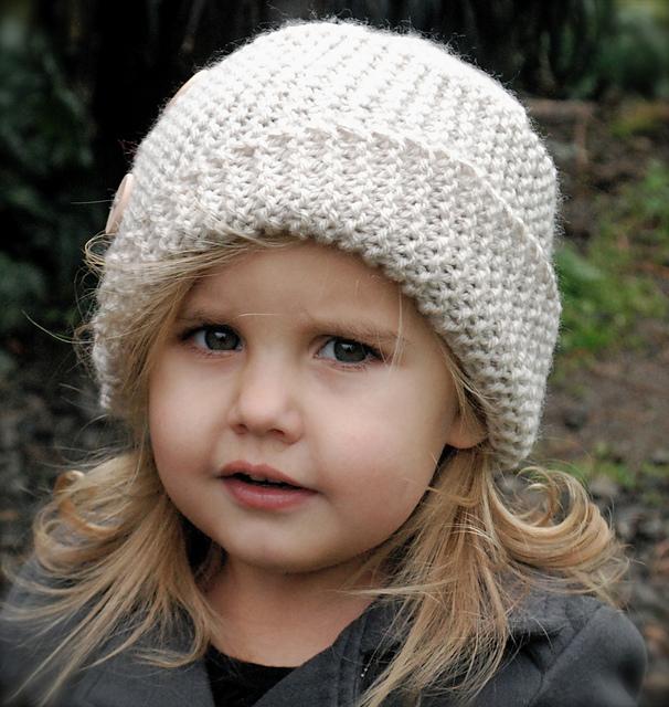 عکس مدل کلاه بافتنی دخترانه بچه گانه