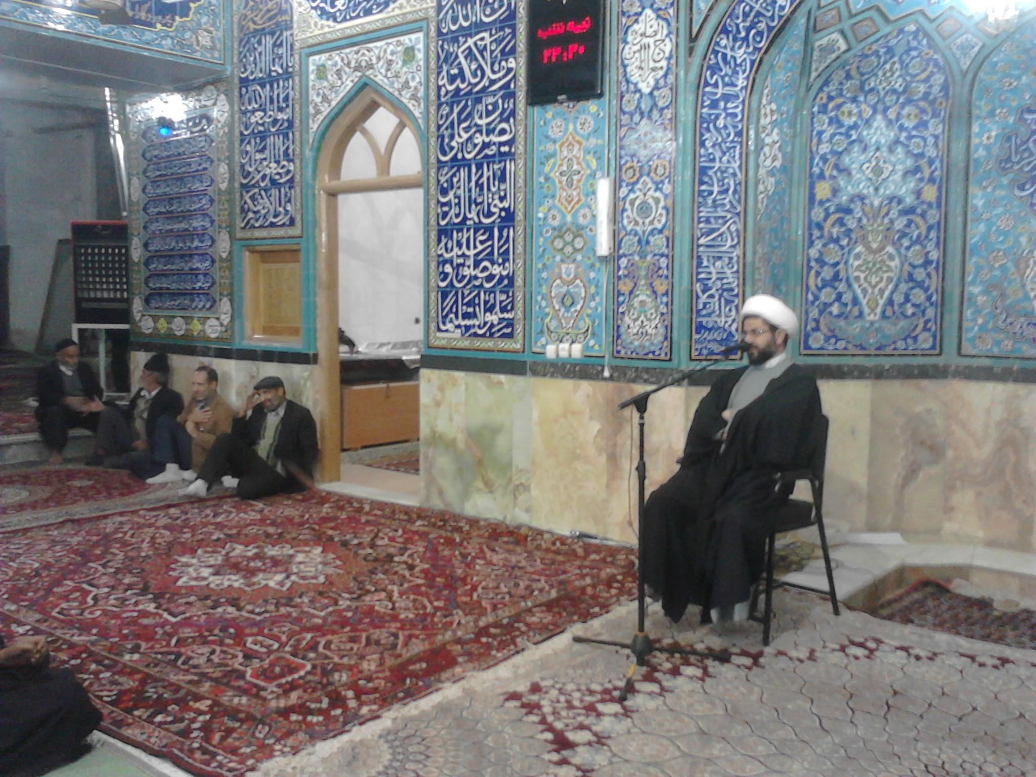 سخنرانی حاج آقا هاشمی امام جمعه محترم بخش قهدریجان در مسجد بزرگ شهر