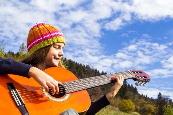 مدت زمان یادگیری انواع گیتار چقدر است؟