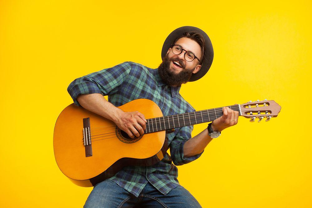چگونه یک گیتاریست حرفه ای شویم ، ۸ رازی که برای حرفه ای شدن در گیتار باید بدانید