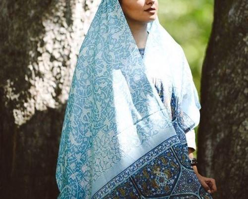 روسری سنتی طرح کاشی