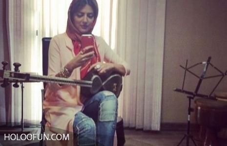 جدیدترین عکس زیبای هلیا امامی در حال نواختن تار