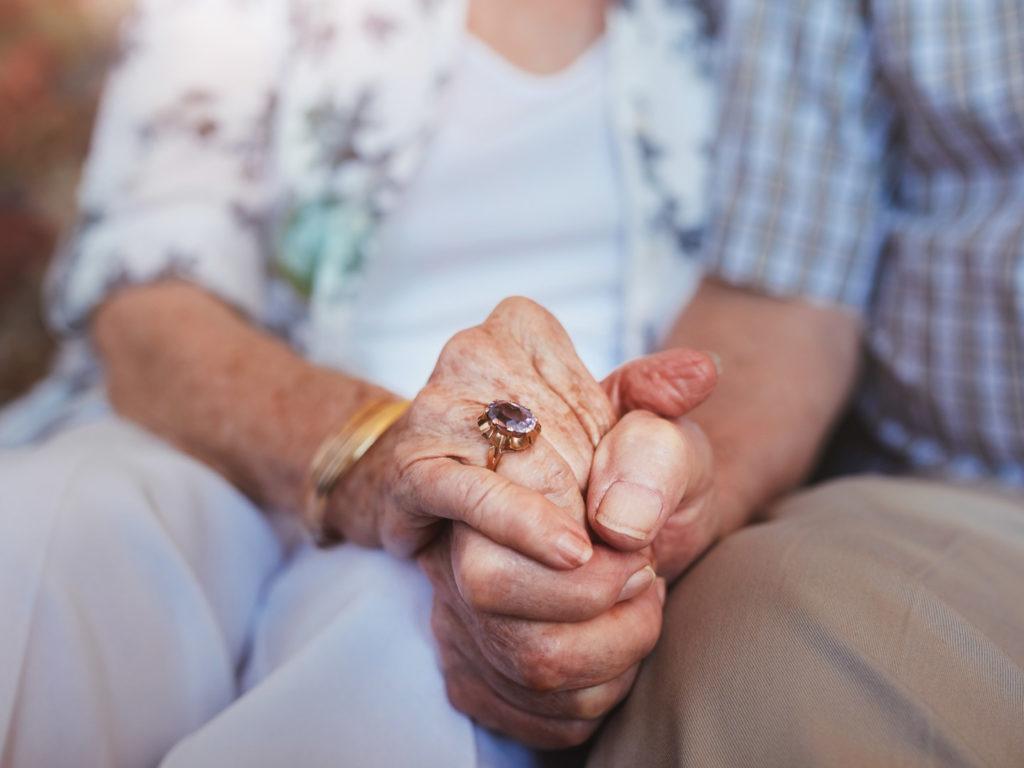 نگاه منفی به ازدواج سالمندان