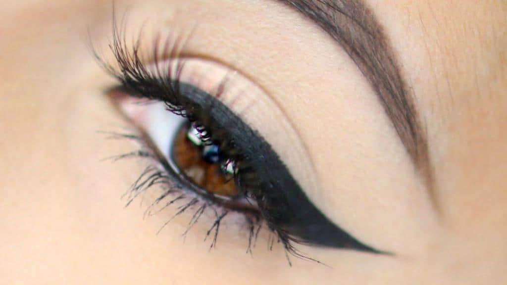 آموزش کشیدن سه مدل خط چشم