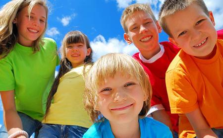 پوشاندن لباس های رنگی به کودکان, روانشناسی رنگ زرد برای کودکان