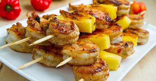 طرز تهیه میگوی کبابی و آناناس با سس جامائیکایی