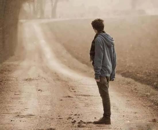 دانلود اهنگ بازم دلتنگی زده توی سرم نیستی که ببینی چی اومده سرم تو منو توی تنهاییام ولم کردی
