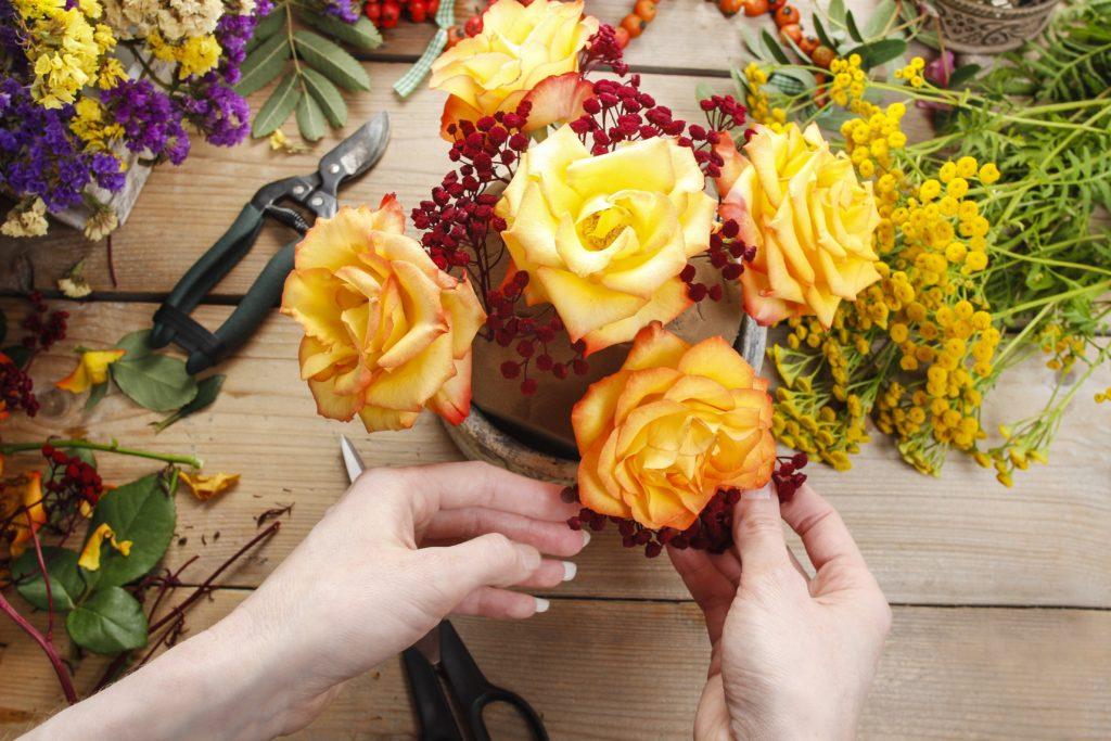 آموزش و آشنایی گل آرایی گل طبیعی