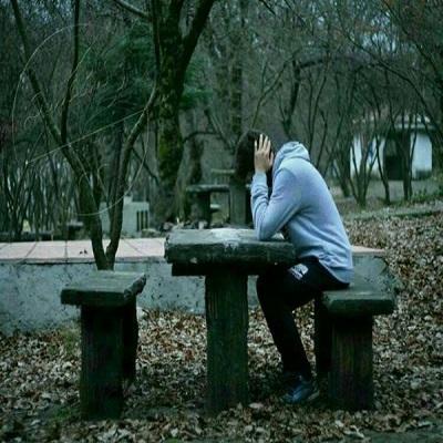 دانلود آهنگ من در میان جمع و دل در خلوتش گریان