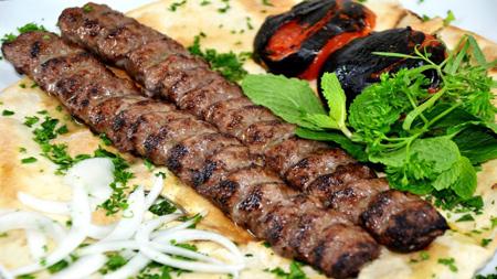 طرز پخت غذاهای گوشتی, آشنایی با انواع غذاهای گوشتی