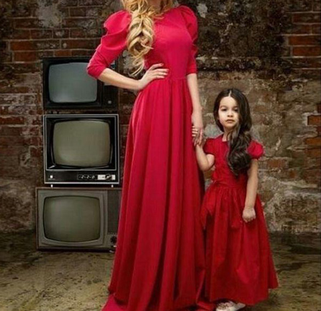 مدل لباس مجلسی مادر و دختر, جدیدترین ست لباس مجلسی مادر و دختر