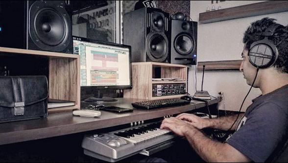 استودیو کیش مات به مدیریت آرمین آسا در بندر انزلی