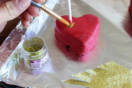 مراحل درست کردن کیک قلبی, تزیینات زیبای کیک ولنتاین