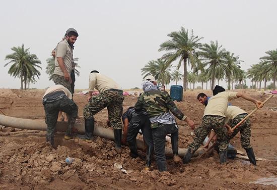 ببینید؛ روستای سیل زده ای که با تلاش شبانه روزی جهادگران بوشهری در عرض یک هفته به شرایط عادی بازگشت!
