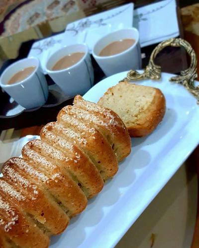 http://rozup.ir/view/2858101/coconut2-cake2.jpg