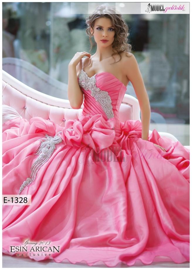 لباس های پرنسسی صورتی