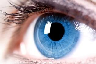 با سایه های خوب، چشمان خود را خیره کننده سازید